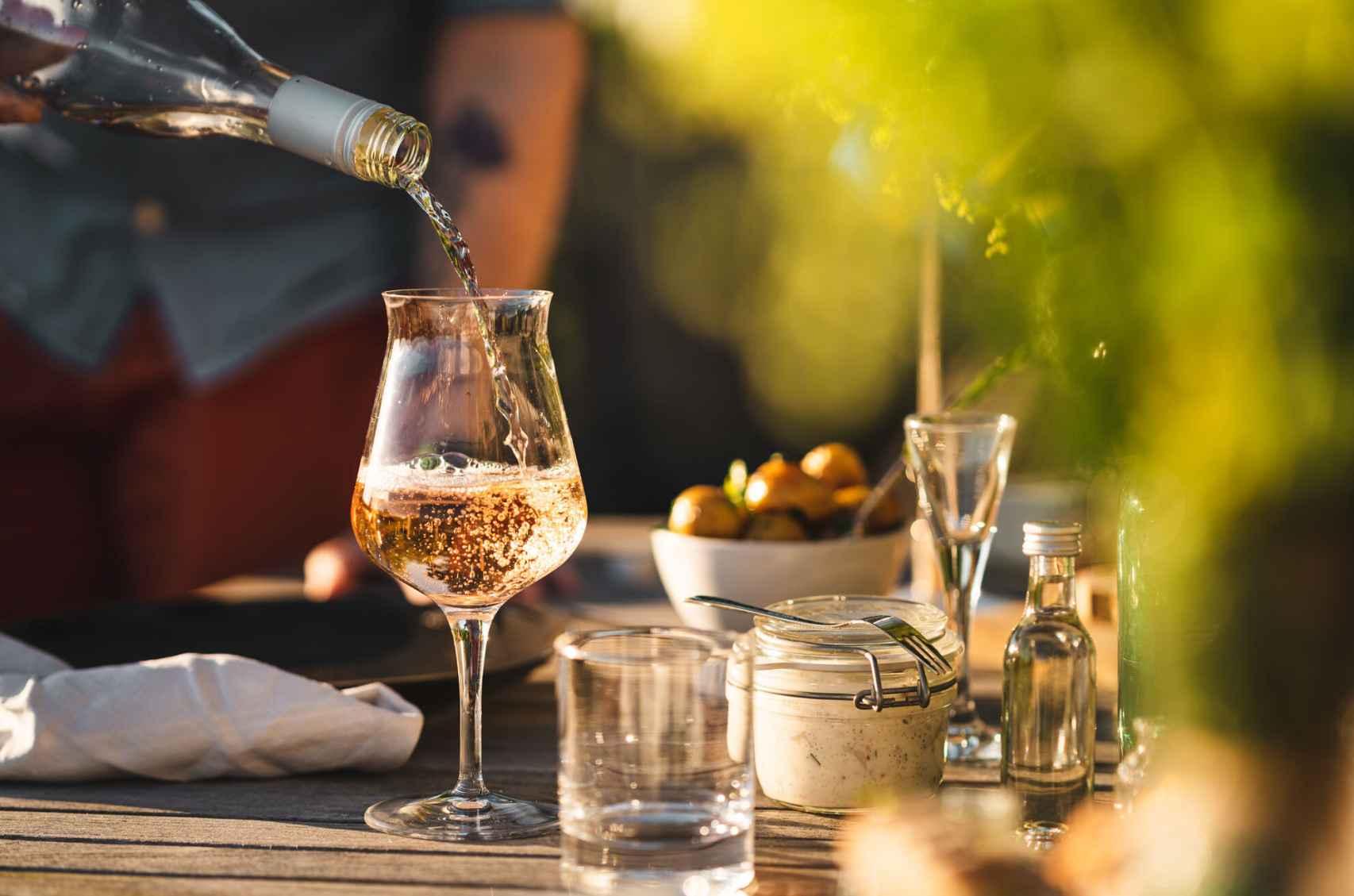 Siempre es un buen momento para probar los vinos locales.