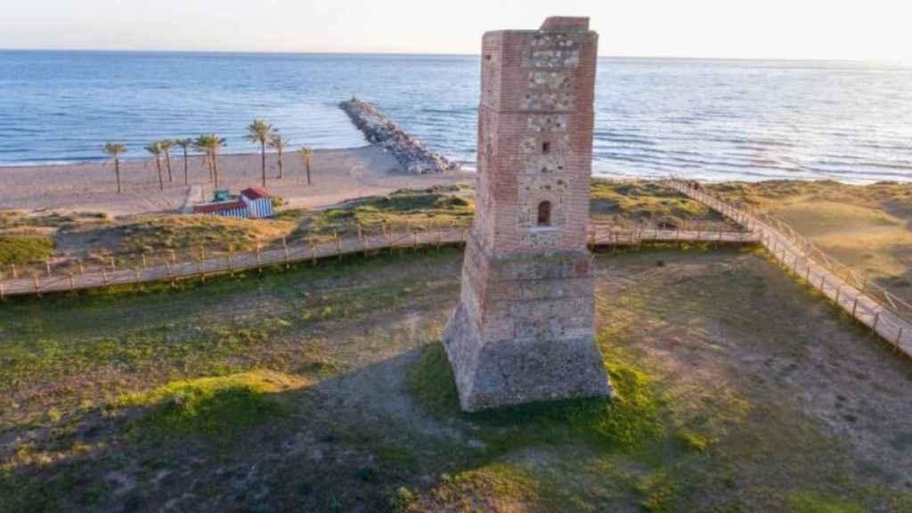 Marbella es una de las localidades con mayor número de torres almenaras de la provincia.