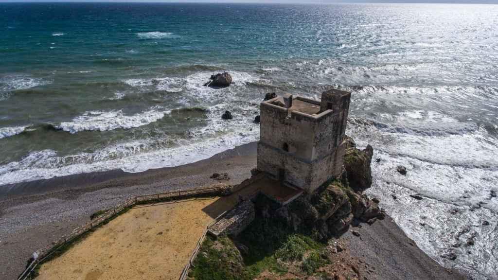 Torre de la Sal tiene un origen distinto al del resto de atalayas malagueñas.