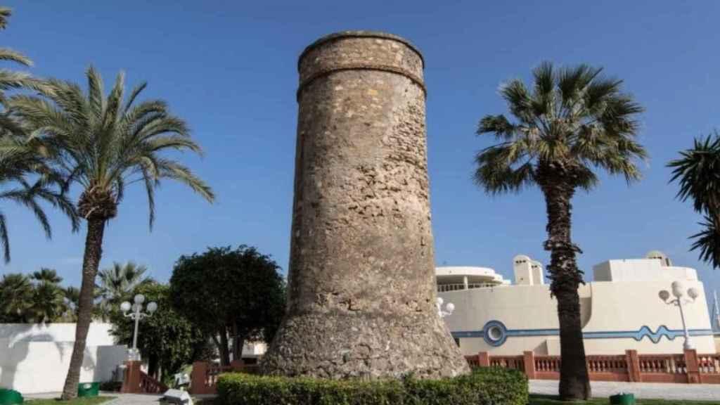 Gracias a esta torre, Sea Life no sufre el pillaje de piratas.