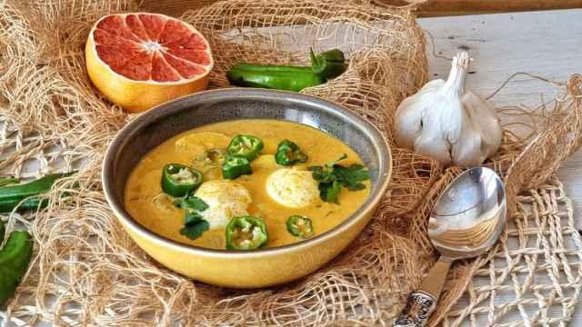 Curry de huevo, una receta india humilde y deliciosa