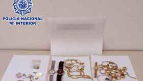 Las joyas sustraídas y posteriormente intervenidas por la Policía Nacional.