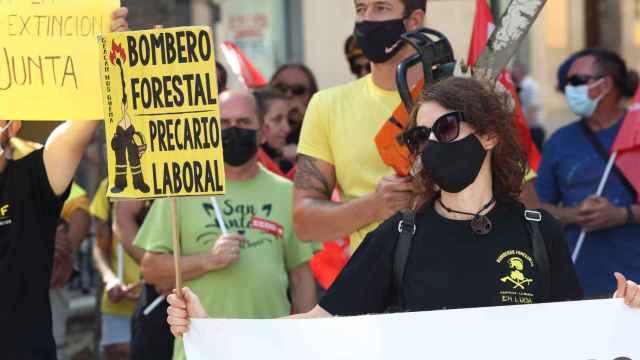 Manifestación de trabajadores de Geacam. Foto: Óscar Huertas