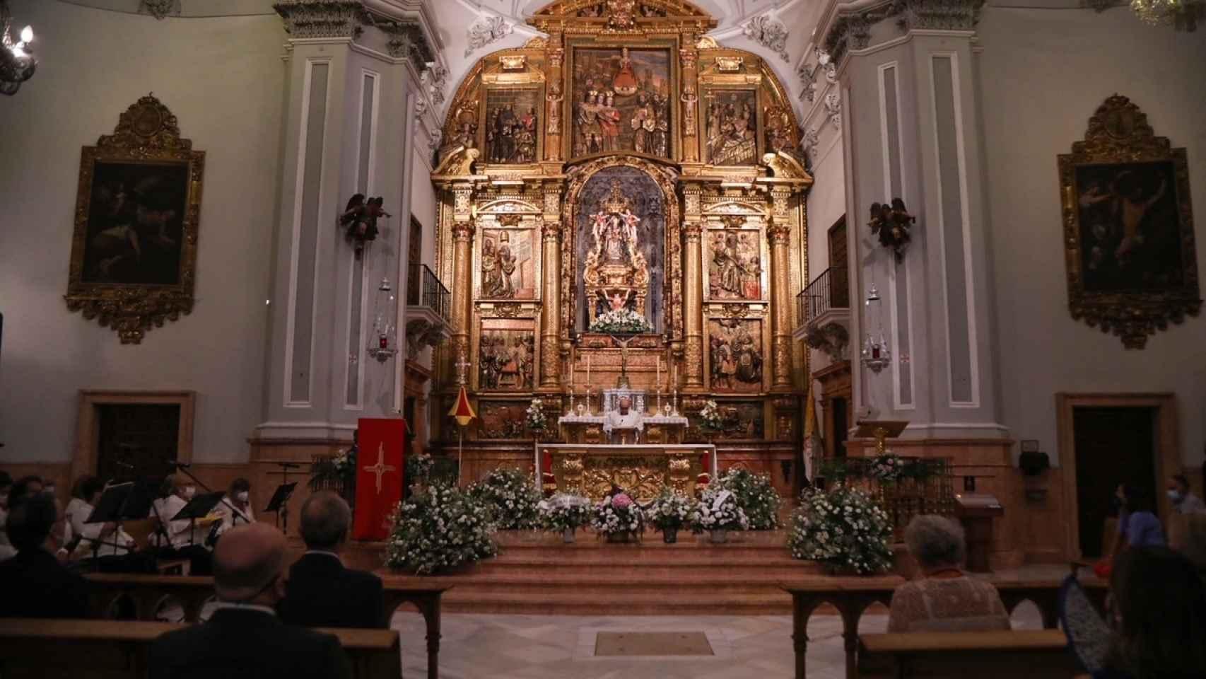 Así ha transcurrido la ofrenda floral a la Virgen de la Victoria en Málaga