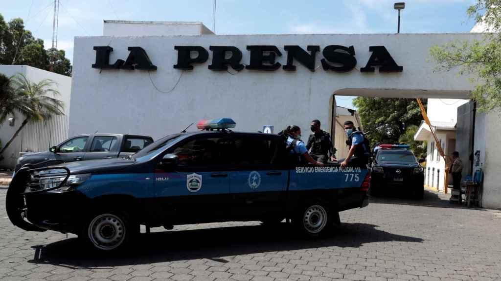 La policía de Nicaragua allana la sede de 'La Prensa', principal diario del país
