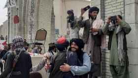 Los talibanes toman el poder en Kabul
