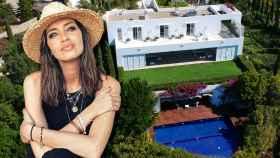 Sara Carbonero, junto a una imagen de la villa de sus vacaciones, en un montaje de JALEOS.