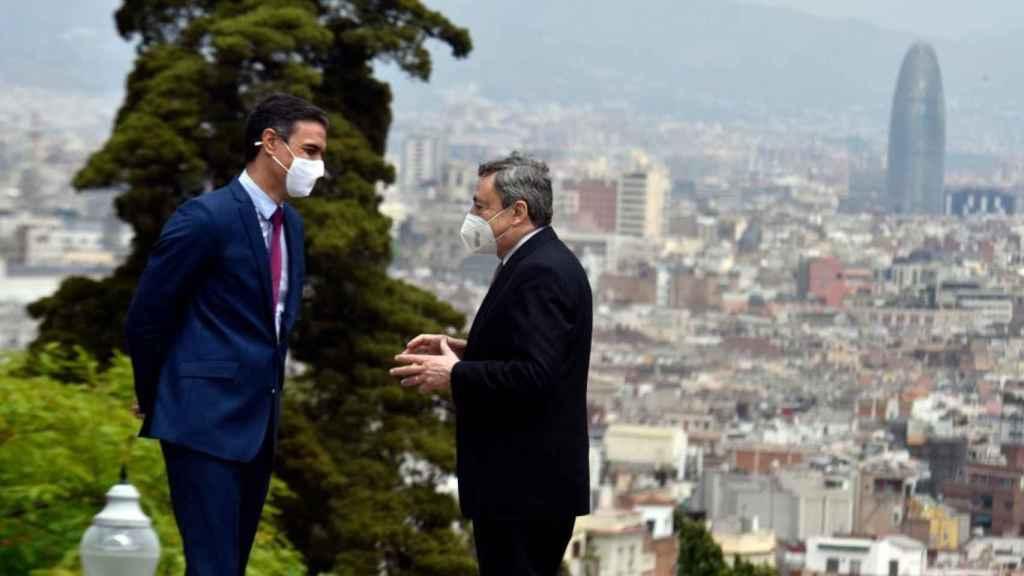 Pedro Sánchez y Mario Draghi, en su último encuentro en Barcelona.
