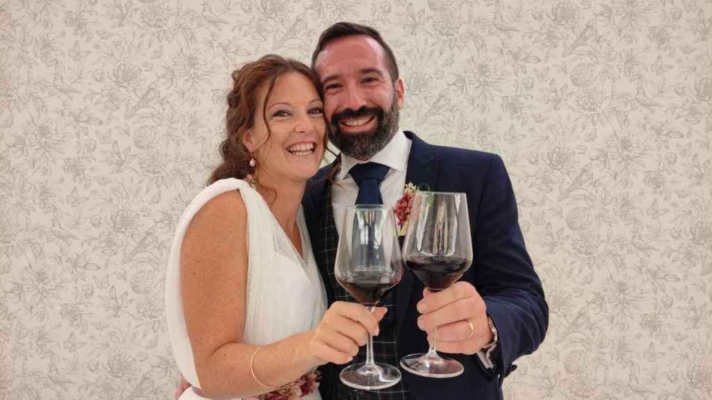 El periodista Alberto Molero y la profesora Marina Cerván ya son marido y mujer