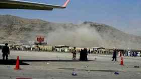 Explosión en el aeropuerto de Kabul.