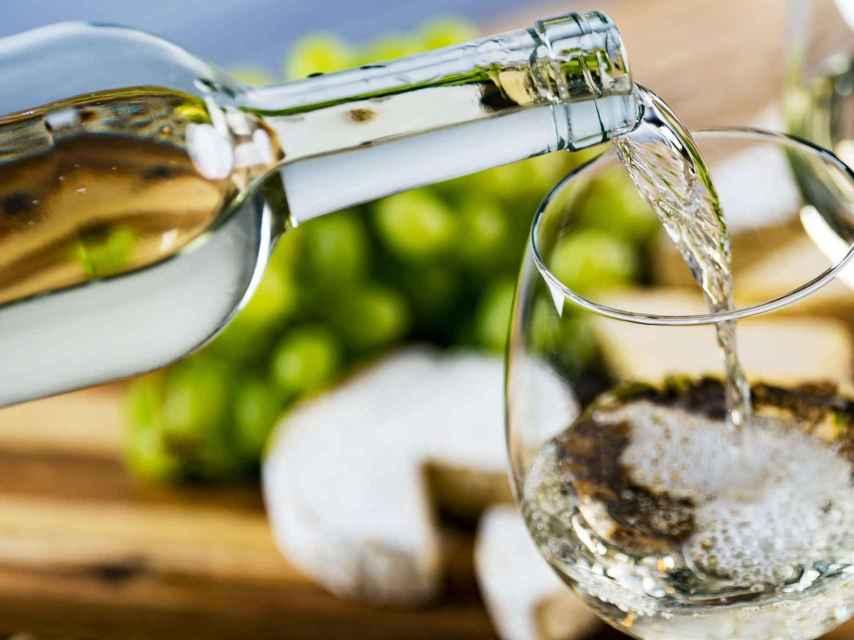 No todo el vino blanco se sirve muy frío.