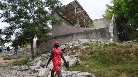 Ruinas de la Escuela Nacional Durenton (Haití), destruida durante el terremoto de agosto.