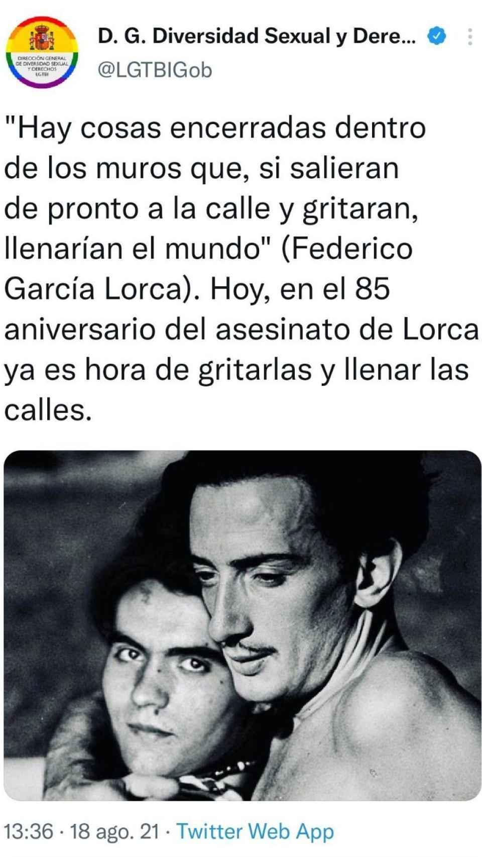 Tweet con la imagen manipulada de Gala y Dalí.