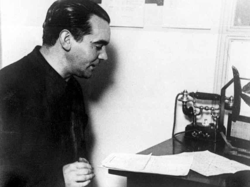 Federico García Lorca recitando su poesía.