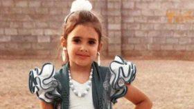 Laura Insausti (Dry Martina) vestida de flamenca de pequeña.