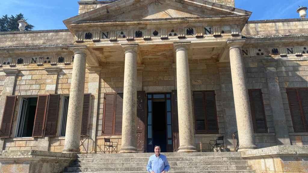 Pedro J. Ramírez, presidente y director de El Español, en San Martino, donde residió Napoleón.