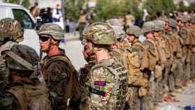 Militares estadounidenses en el aeropuerto de Kabul.