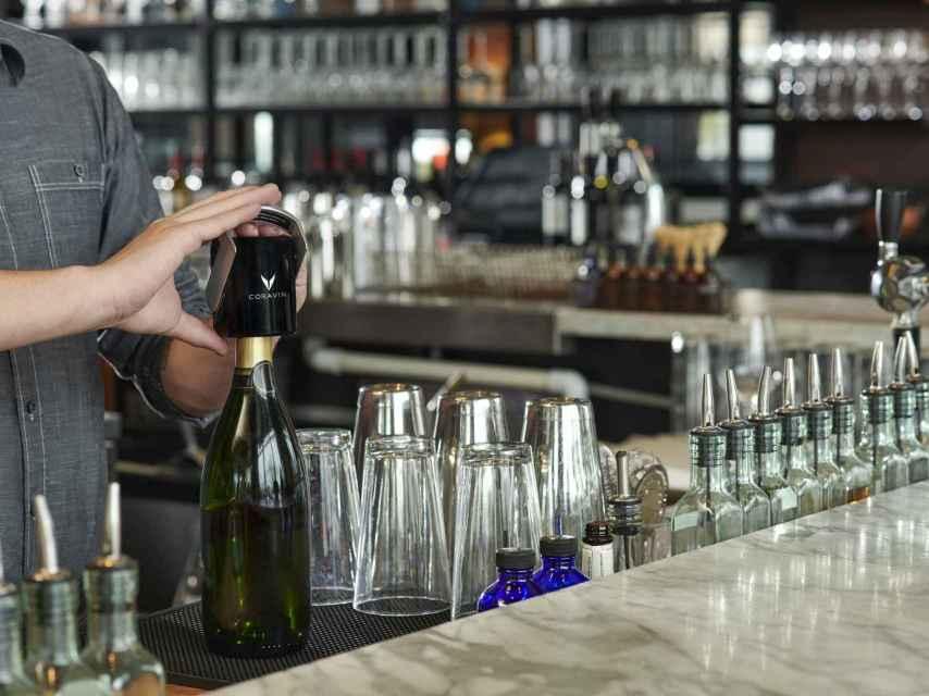 Sparkling Stopper de Coravin para vinos espumosos.