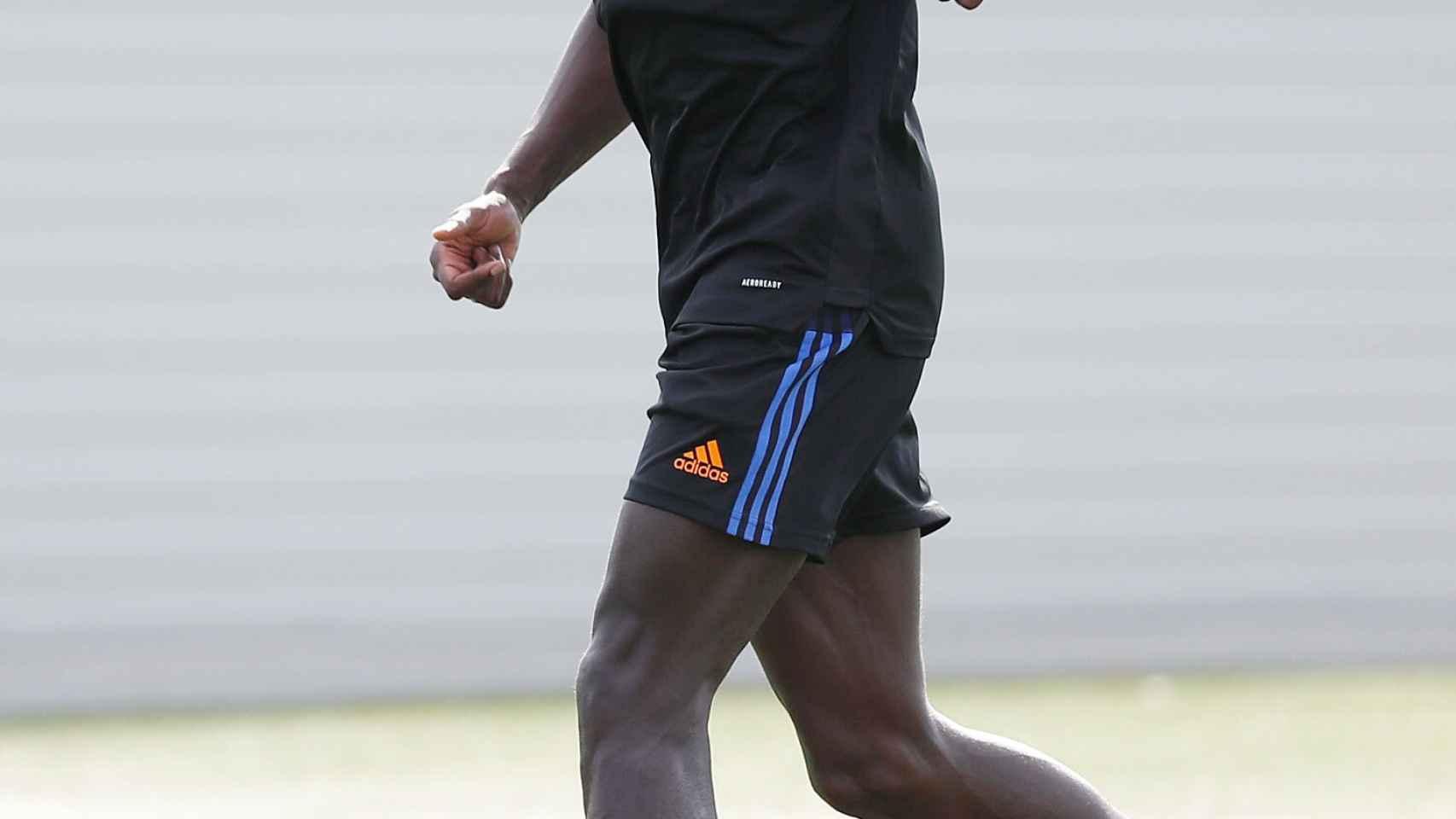 Ferland Mendy, en el entrenamiento del Real Madrid