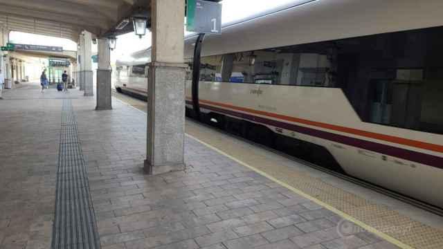 Tren media distancia estacion avila