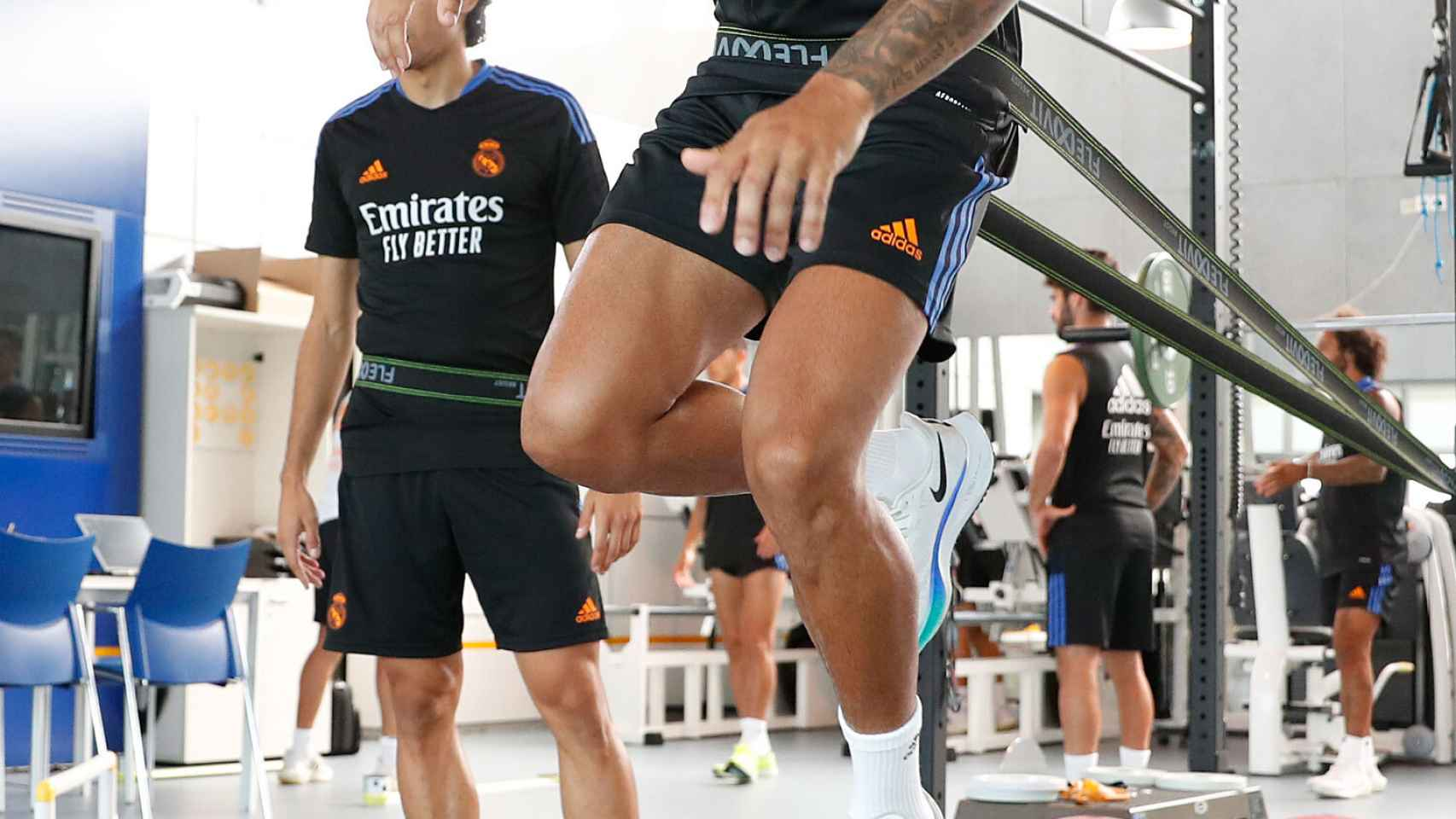 Mariano Díaz, durante un entrenamiento del Real Madrid