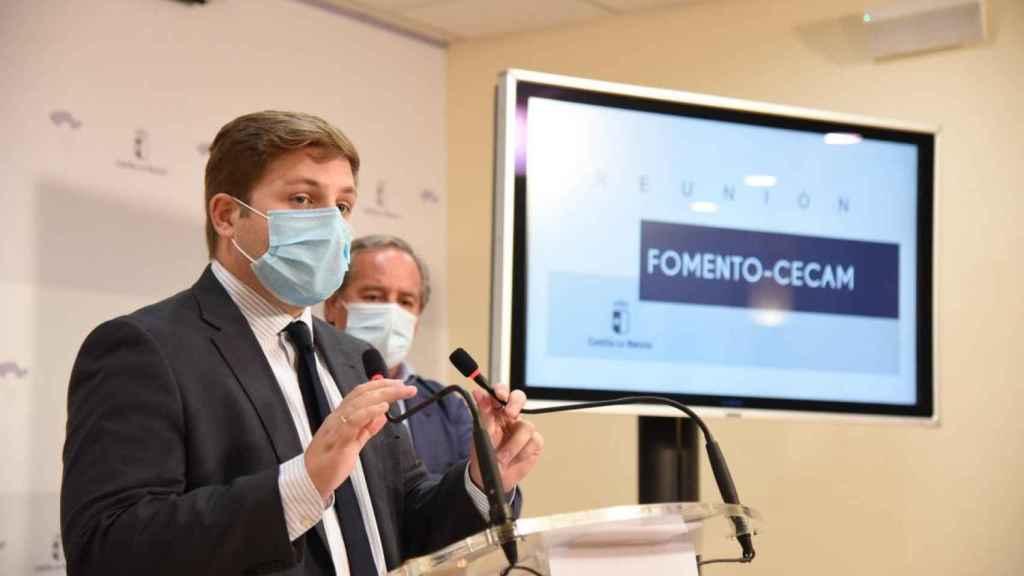 Hernando hace partícipe a los empresarios de sus tres grandes proyectos para Castilla-La Mancha