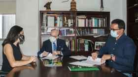 Carla Avilés, directora general de la Fundación Globalcaja HXXII; Rafael Torres, presidente; y Gustavo Mendoza, director general de Algorithmics España