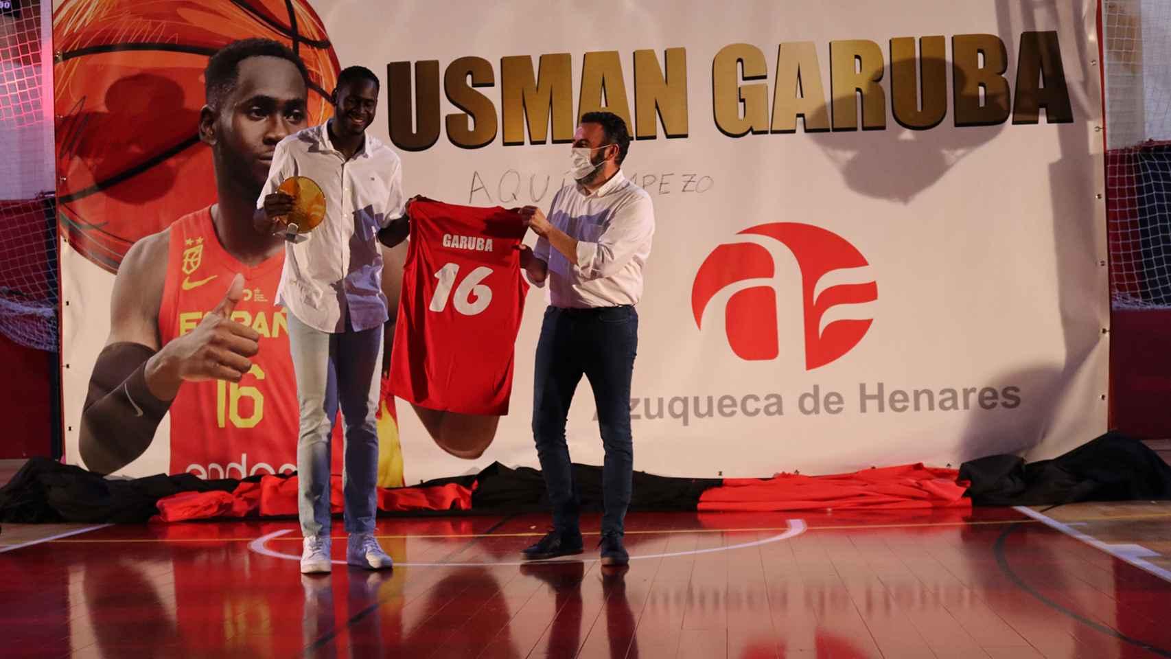 Imágenes del día en Castilla-La Mancha: homenaje a Garuba antes de marcharse a la NBA