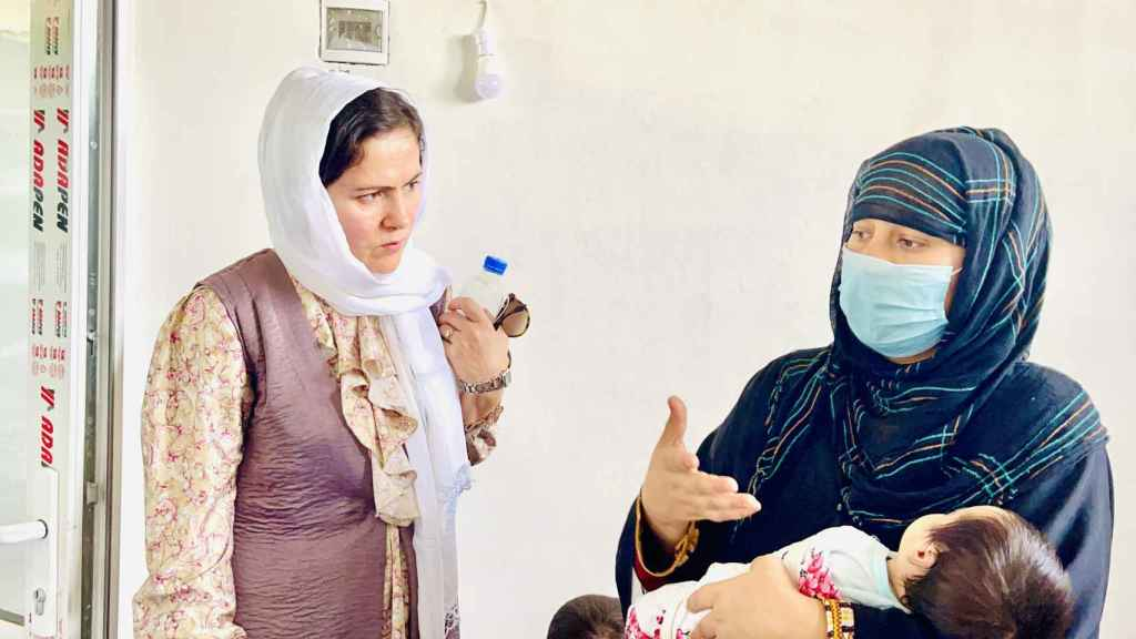 Fawzia ha trabajado en campos de refugiados, ayudando principalmente a mujeres y niños.