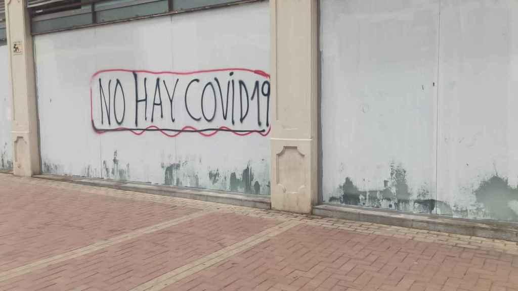 Imagen de una de las pintadas en las calles de Málaga.