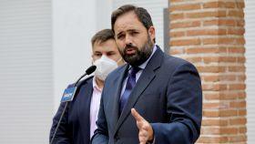 Paco Núñez, presidente del PP de CLM, en Lagartera (Toledo)
