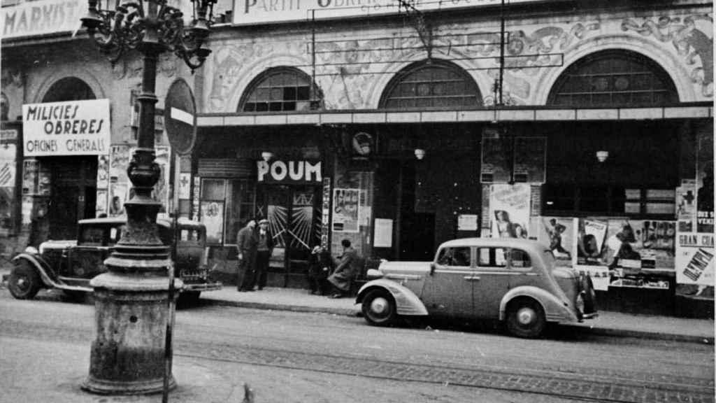 Uno de los locales del POUM en La Rambla de Barcelona.