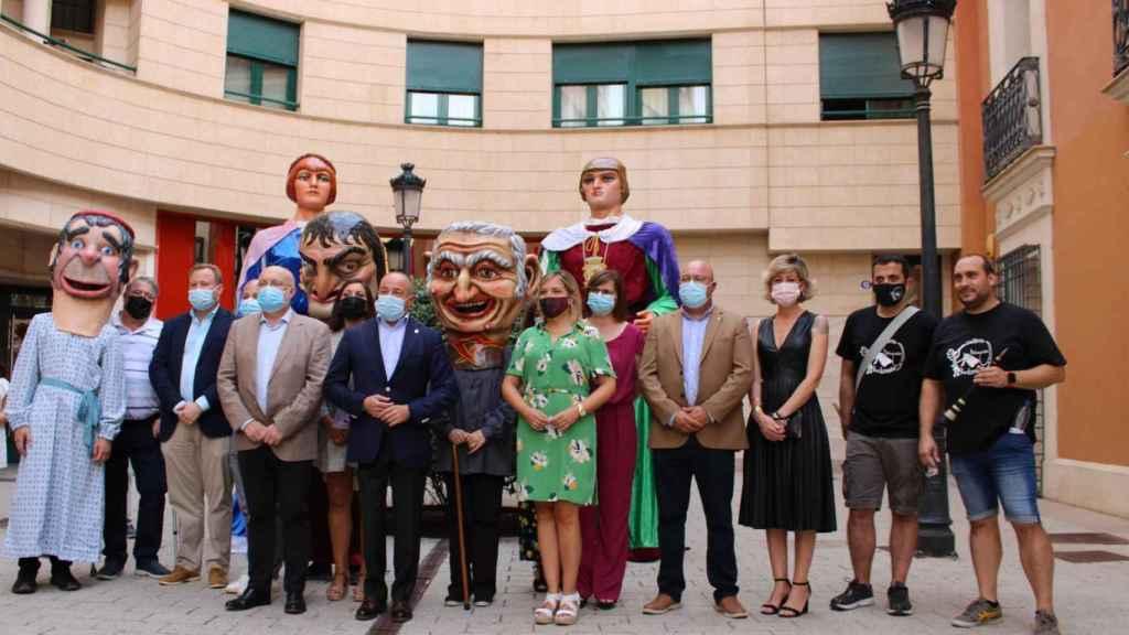 Albacete recupera los Gigantes y Cabezudos