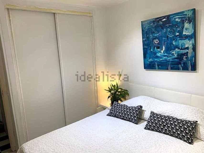 La chambre de l'appartement, à vendre pour 140 000 euros.