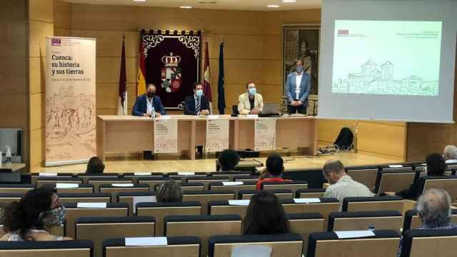 Especialistas e investigadores abordan nuevas formas de pensar y asentarse en Cuenca