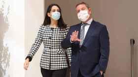 Emiliano García-Page con Inés Arrimadas, este miércoles en Toledo. Foto: Óscar Huertas