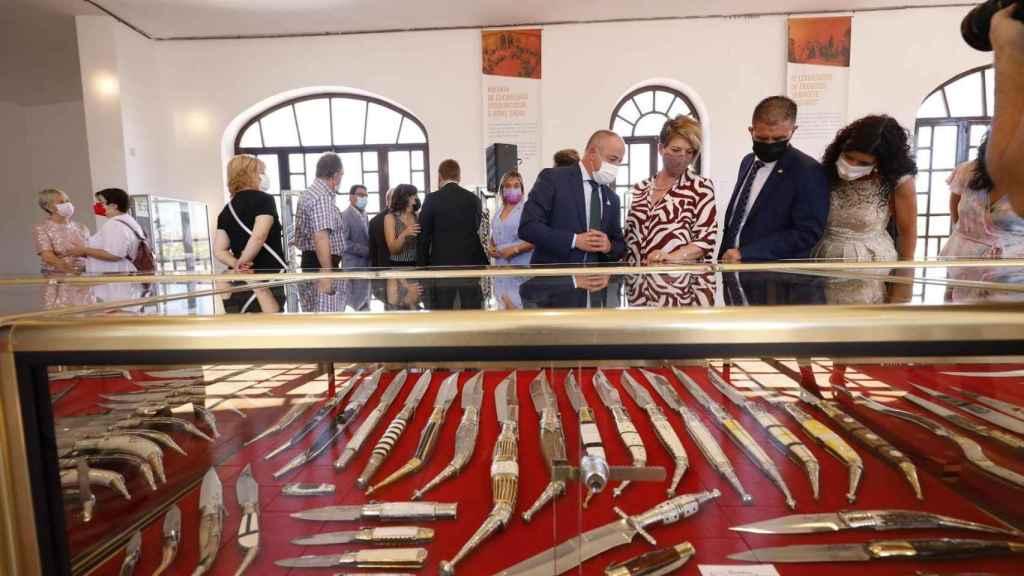 Apertura del Salón Regional de la Cuchillería en Albacete