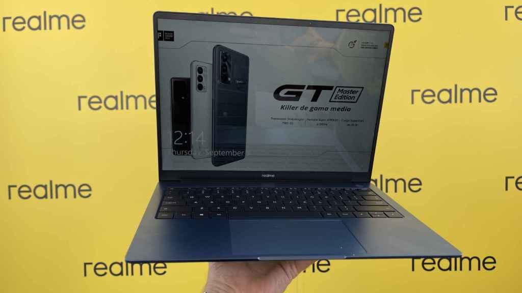 Así es el Realme Book, el primer portátil de la firma china.