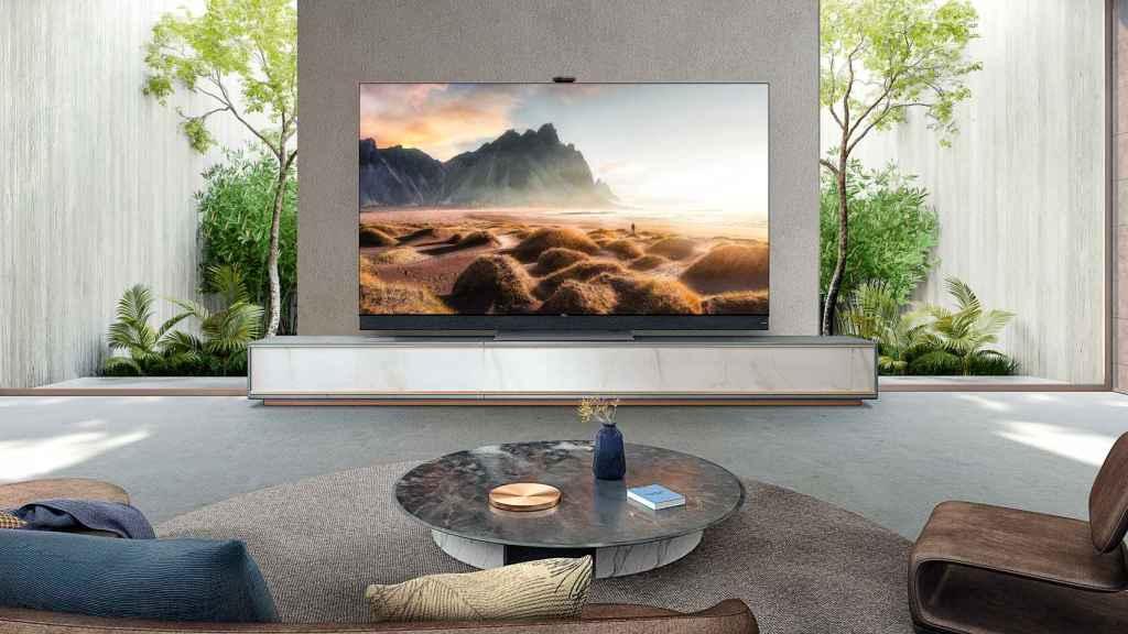 TCL X92 Series Mini LED 8K TV.