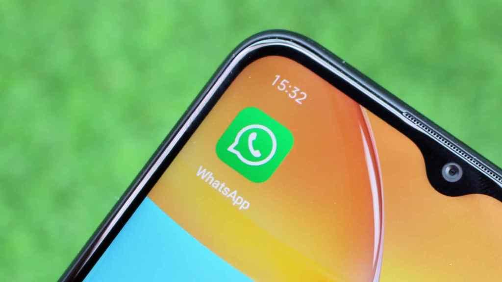 La app de WhatsApp en un móvil Android.