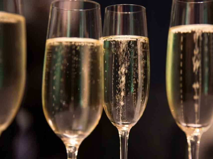 La burbuja del champán, en peligro.