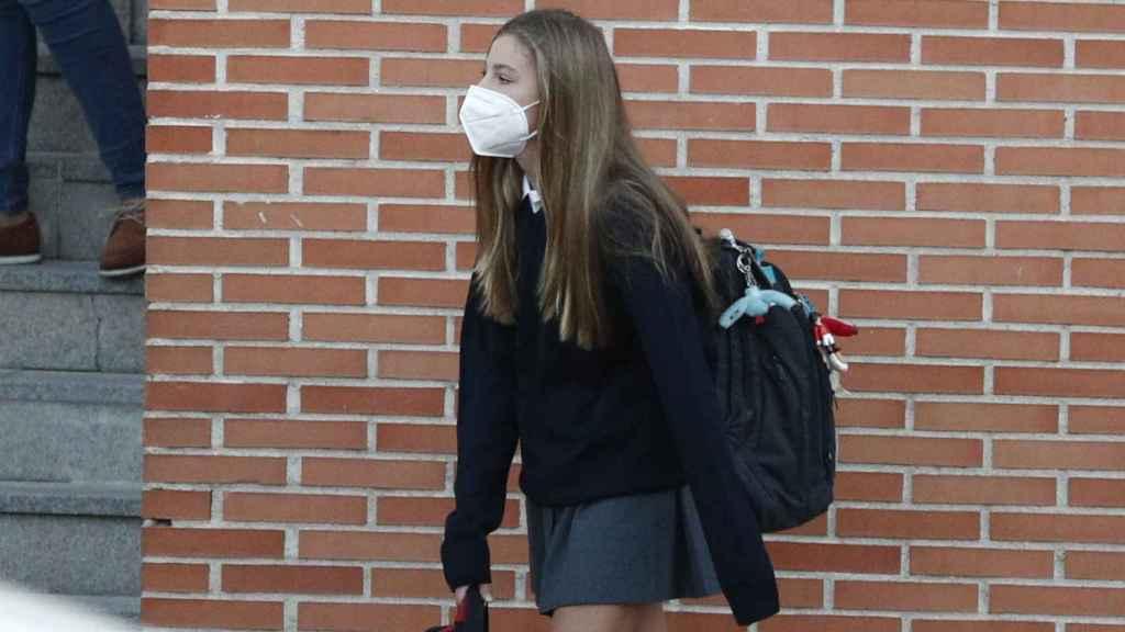 La infanta Sofía en su regreso a colegio.