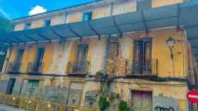 Edificio situado en la esquina de las calles Tintas y Fray Luis de León de Cuenca