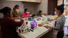 Algunas de las mujeres que trabajan en el restaurante Tsa'tsal Ontonal de Chiapas (México).