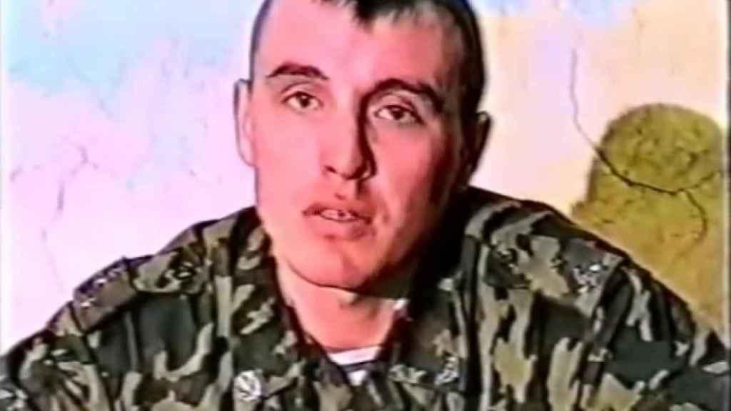 La última imagen conocida del coronel Denis Sergéyev es de 1999.