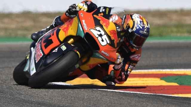 Raúl Fernández durante la carrera de Moto2 en el GP de Aragón