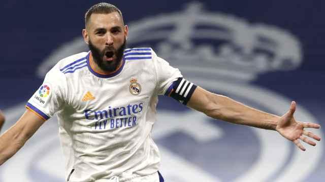 Karim Benzema celebra su gol al Celta de Vigo