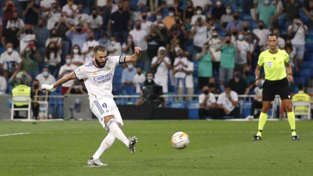 Karim Benzema marca su tercer gol al Celta de Vigo desde el punto de penalti