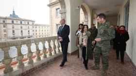 La ministra Margarita Robles en una imagen de archivo visitando la Academia de Infantería de Toledo. Foto: Óscar Huertas