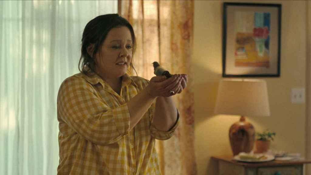 La relación con un pájaro ayudará a la protagonista a hacer frente al duelo.